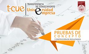 imagen plan tcue, pruebas de concepto, mano escribiendo fórmulas sobre hoja blanca